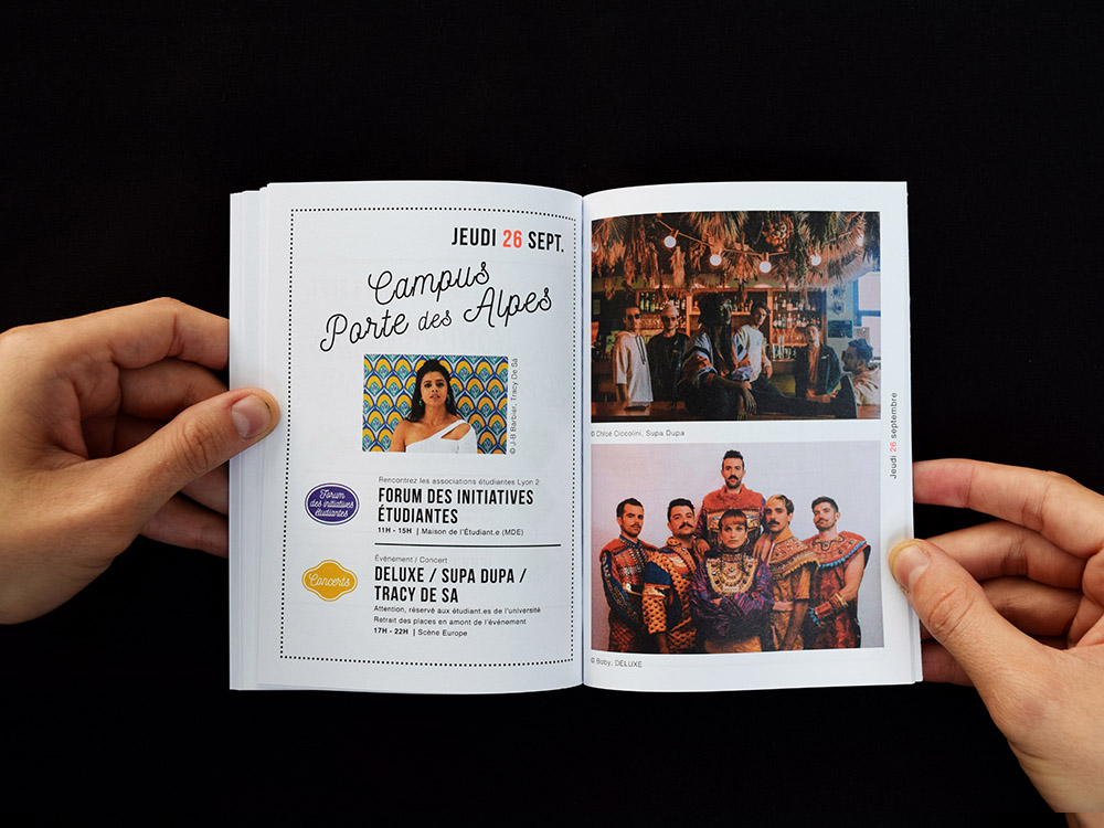 Pages intérieur du programme de rentrée de l'université Lyon 2. On voit une photo de Tracy de Sà. 2 autres photos du groupe Deluxe et Suppa Dupa.